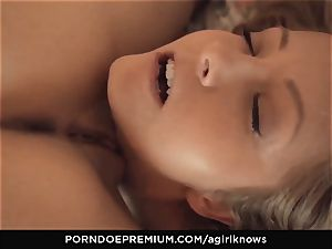 A dame KNOWS - bombshell Jimena Lago loves girly-girl plow
