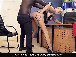 asses BUERO - blond cougar office affair pound session