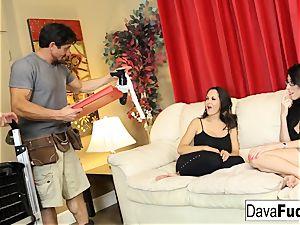 Dava and Ava pummel their handymen