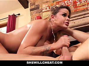 hotwife spouse observes Wifes muff Get destroyed