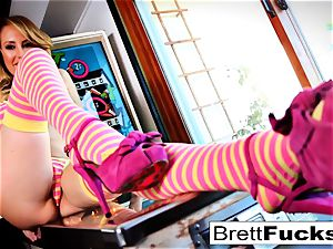 Pinball gaming leads to cooter catapulting by Brett Rossi