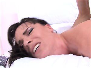 Dana gets her ass boned by Owen's large man-meat