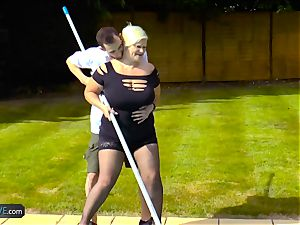 AgedLovE Lacey Starr fucking Poolboy xxx