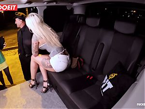 LETSDOEIT - successful taxi Driver Bones two red-hot Blondes