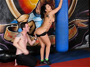 asian beauty London Keyes plows her guy after a exercise
