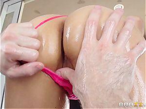 Sarah Vandella endures an oily anal invasion pulverizing