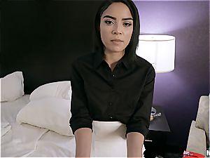Maya makes him cheat on his girlfriend