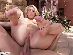 lewd buxomy platinum-blonde Kagney Linn Karter gets banged outdoor