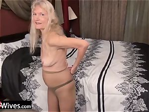 USAWives slim platinum-blonde granny Cindy solo play