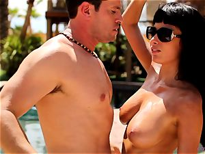 Anissa Kate unclothe her bathing suit to shag poolside